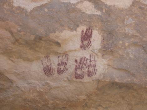wall hands