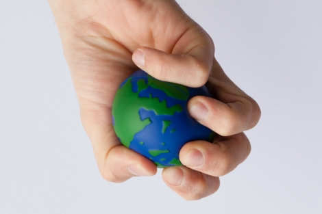 Earth_globe_stress_ball